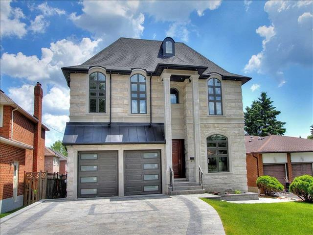 477 Oakwood Dr Pickering